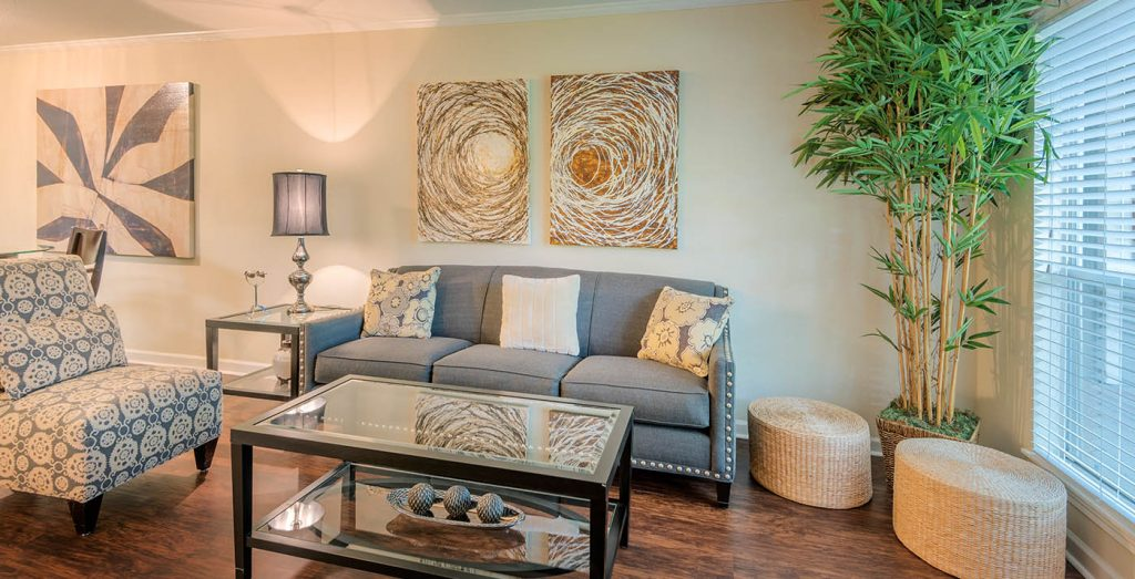 Terraces on Brompton Apartments in Bellaire TX for Rent - Terraces on Brompton Living Room